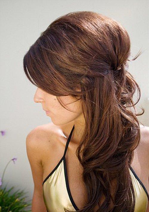 Как сделать распущенные волосы объемными