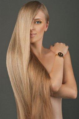 Сухие волосы после осветления