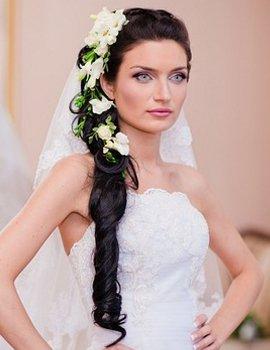Свадебные прически 2012 – украшения и