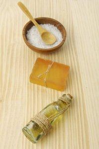 Маска для волос с желтками репейным маслом