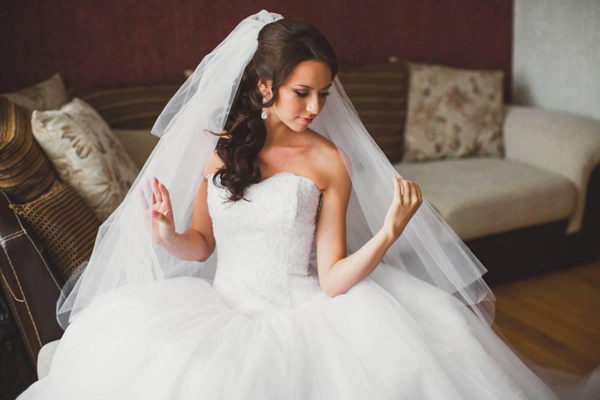 финансовые к чему сниться одевать свадебное платье свежие вакансии всех